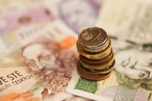 banknotes-82948_640
